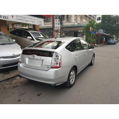 second hand Toyota Prius 2006 silver for sale - 4/8