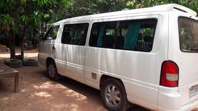 15 seats car need sell urgent - 1/3
