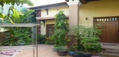 3 bedroom villa in Boeung Trabek area is available now