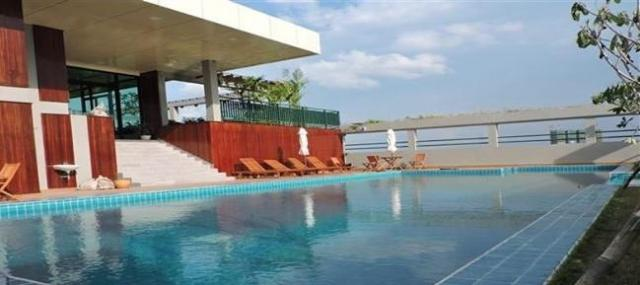 Modern & Brand new service apartment with swimming pool, gym in BKK1 - 1/4