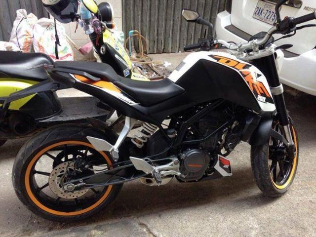 Sale motor Duke 200cc ABS - 2/3