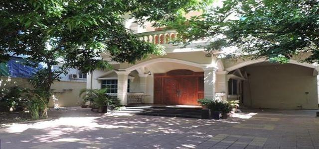 Lovely 5 bedroom villa for rent in Russian market - 1/4