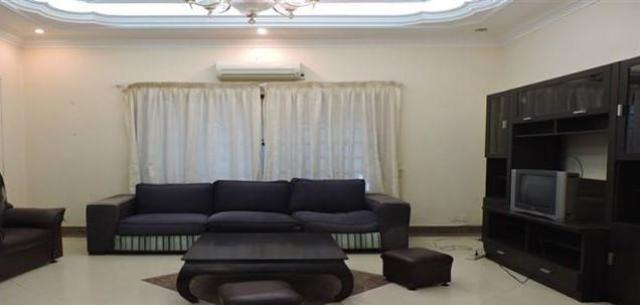 Lovely 5 bedroom villa for rent in Russian market - 2/4