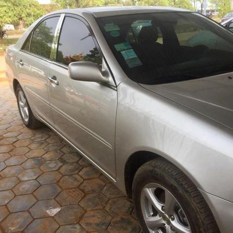 Toyota camry03LE - 1/3