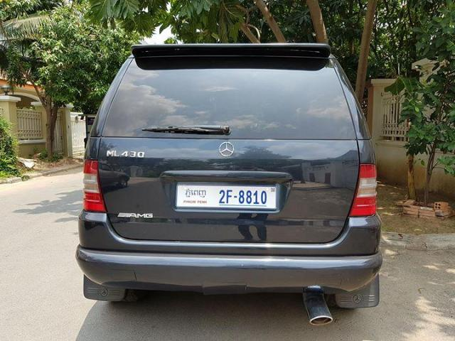Sale Mercedes Banz ML430 Year 2000 - 2/4