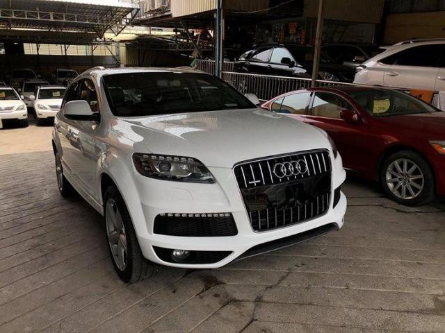 Audi Q7  - 3/3