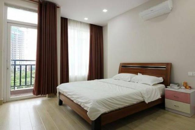 Service apartment in Tonle Bassac area 1 bedroom  - 1/2