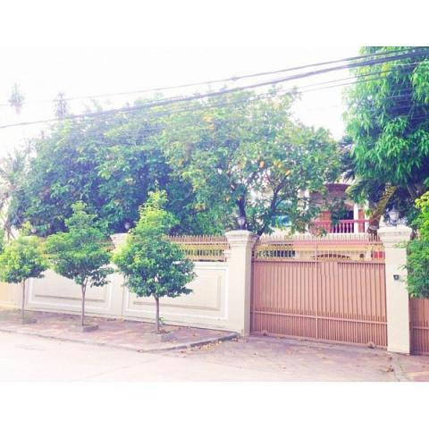 Villa for rent in Sangkat Beoung Kak II, Toul Kork area - 1/3