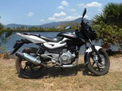 Used Bajaj Pulsar 180cc for sell