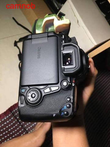Used Canon 70D for urgent sale - 3/6