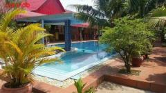 pink bungalow for rent monthly - Image 6/10