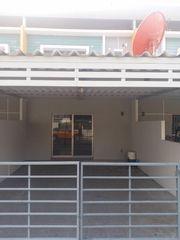 ขาย/ให้เช่าทาวน์โฮม 2 ชั้น หมู่บ้านไลฟ์ทาวโฮม ขนาด 22.5 ตารางวา ห้วยกะปิ ชลบุรี