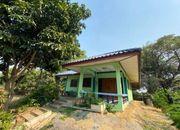 บ้านพร้อมที่ดิน ใกล้แหล่งชุมชน ติดถนนลาดยาง