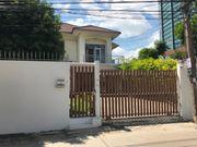 For Rent ให้เช่าบ้านเดี่ยว 2 ชั้น หลังใหญ่ 87 ตารางวา ถนนพระราม 6 BTS สะพานควาย Call 099-963-5966