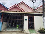 ขายบ้าน 1 ชั้น ขนาด 21.9 ตารางวา มีพื้นที่หลังบ้าน และพื้นที่หน้าบ้านเพื่อจอดรถ เจ้าของขายเอง