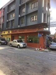( 1 ) BB36 ให้เช่าอาคารพาณิชย์ชั้นล่าง2 คูหา ซอยเศรษฐีทวีทรัพย์ 2 คลองเตย ใกล้ MRT ศูนย์ประชุมแห่งชาติสิริกิตติ์