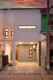 ขายบ้านลำพูน ทาว์นโฮมลำพู ติดตลาดจตุจักรลำพูนเลย ตกแต่งใหม่ Minimal Modern Style
