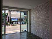 ให้เช่าร้านหรือพื้นที่ขายของ ตกแต่งแล้วพร้อมแอร์ ทำเลดี  สวยสะอาด ซอยพหลโยธิน66