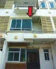 ขาย ทาวน์เฮ้าส์ 3 ชั้น พื้นที่ 172.50 ตรม. มีที่จอดรถหน้าบ้าน เมืองนครราชสีมา