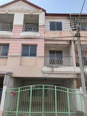ขายทาวน์โฮม 3 ชั้น (หมู่บ้านอมรชัย 5 ติดกับแหล่งชุมชนการค้าย่านพระราม2)