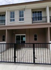 ให้เช่าทาวน์โฮม บ้านพฤกษา รังสิต-วงแหวน 2ชั้น ขนาด 20 ตารางวา 3 ห้องนอน 2 ห้องน้ำ
