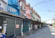 ทาวน์เฮ้าส์ หมู่บ้านพงษ์ศิริชัย 1 ซอยเพชรเกษม 118 ถนนเพชรเกษม อ.กระทุ่มแบน จ.สมุทรสาคร