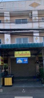 ขายอาคารพาณิชย์ 3 ชั้น บนทำเลค้าขาย ติดถนนวัดวังหิน เดินทางสะดวก ในอำเภอศรีราชา ชลบุรี