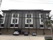 ให้เช่า อาคารพาณิชย์ 3 ชั้นครึ่ง ทำเลค้าขาย ถนนปทุมธานีสายใน ตึกใหม่ เหมาะทำออฟฟิศหรือร้านค้า