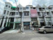 ขายโฮมออฟฟิศทาวน์อินทาวน์ Home office town in town townhome 3.5ชั้น 18.2ตร.ว.   7.2ล้าน