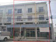 ให้เช่า อาคารพาณิชย์ 3 ชั้น มีชั้นลอย จำนวน 3 หลังติดกัน โครงการเบญจทรัพย์คลองหก