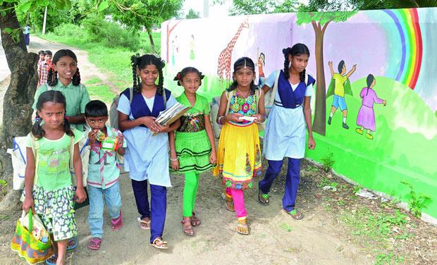 Children going to school in Gangadevipalli village. (Photo: DC)