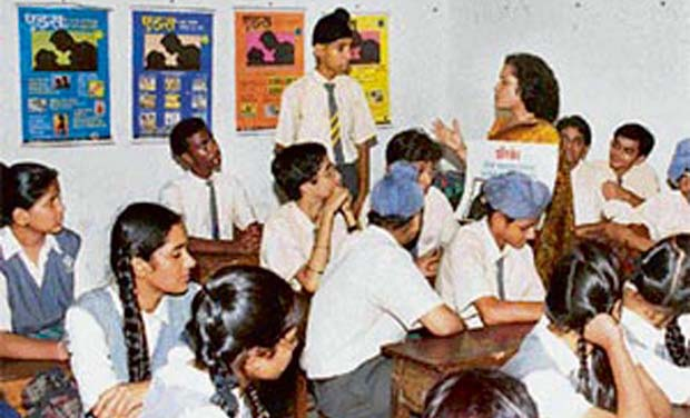 sex education at school level Sex education in school - sex is something that almost everyone will experience before they die if so what should you cover at each level.