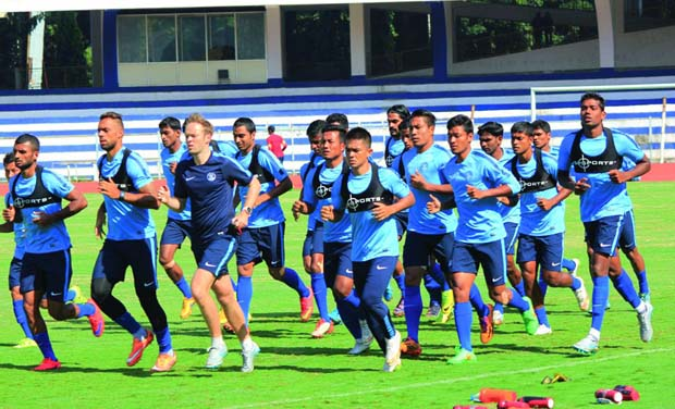 Indian players train at the Sree Kanteerava Stadium on Monday, the eve of the World Cup 2016 qualifier against Iran. (Photo: Satish B)
