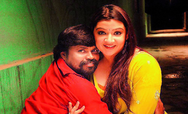 Tragic: Amma Rajasekar and Aarti Agarwal in a still from Ranam 2