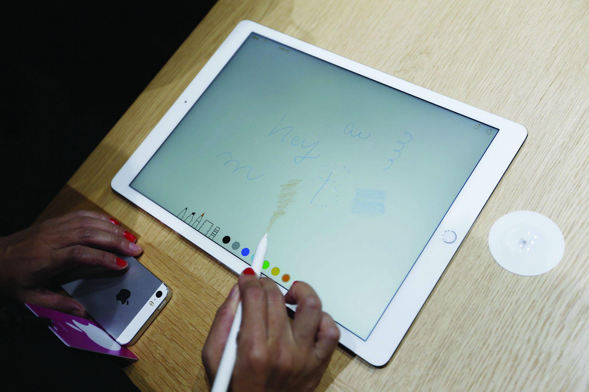 Порнуху смотреть на айпаде, Бесплатное порно для iPad. Новое видео каждый день 21 фотография