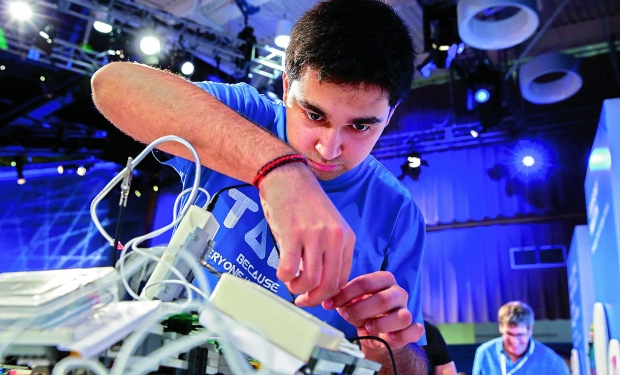 Arsh Shah Dilbagi invented talk, a breathing device that converts breath into speech