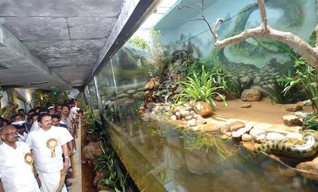 New anacondas in thiruvananthapuram get rs crore for C k muraleedharan