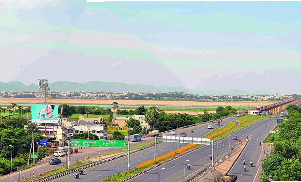 Four lane road to andhra pradesh new capital soon the widened road will help in smoother shifting of construction material to amaravati malvernweather Images
