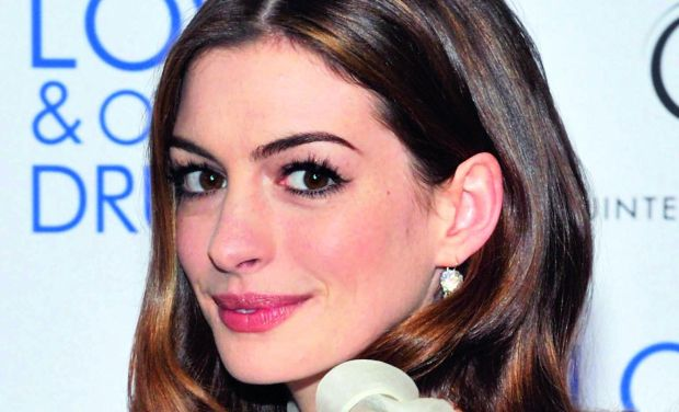 Anne Hathaway is known to use banana and honey face masks to keep her skin healthy