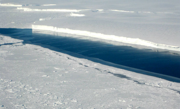 earth and antarctica cold Colder than average temperatures in the stratosphere during 2011 caused a larger than average ozone hole above antarctica, according to nasa and noaa data.