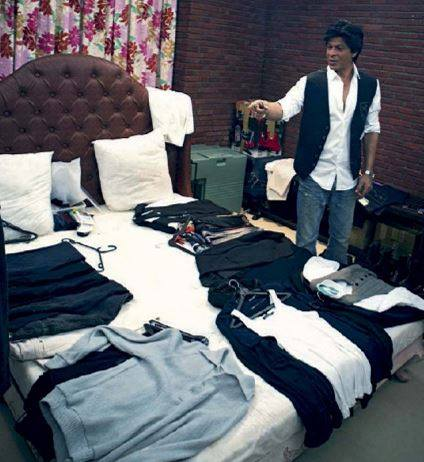 Exclusive Here S How Shah Rukh Khan S Changing Room In Mannat Looks Like