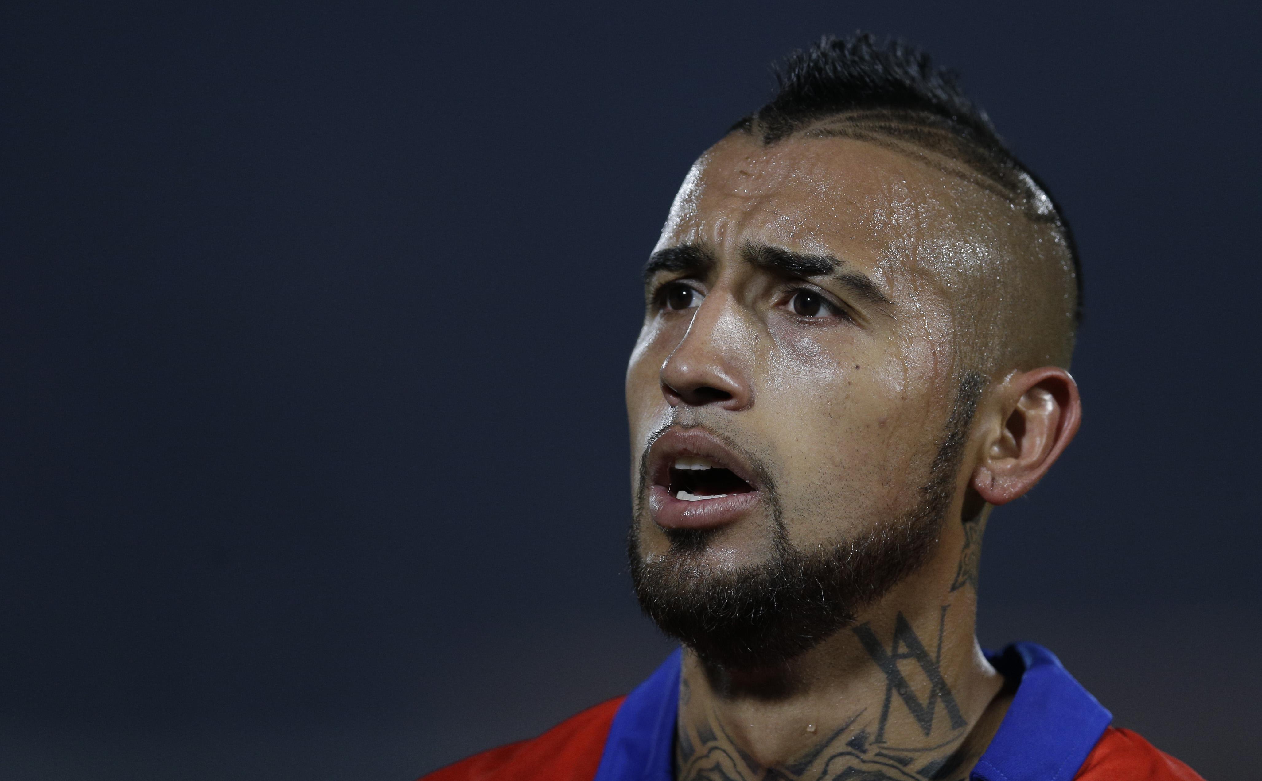 Chilean footballer Arturo Vidal lands in hospital after car crash