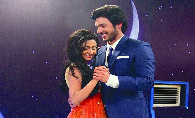 Shivani narang and farnaz shetty dating simulator