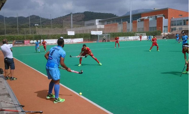 Spain had the first shot at goal in the second quarter when they were awarded a penalty corner but Indian custodian PR Sreejesh deflected it and stood like a rock in front of the Indian goal to deny the hosts. (Photo: Hockey India)