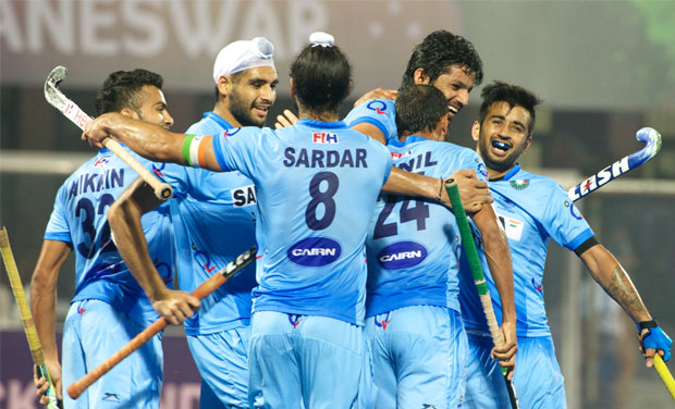 The Indian hockey team defeated Malaysia 3-2 to enter semifinal of World Hockey League.