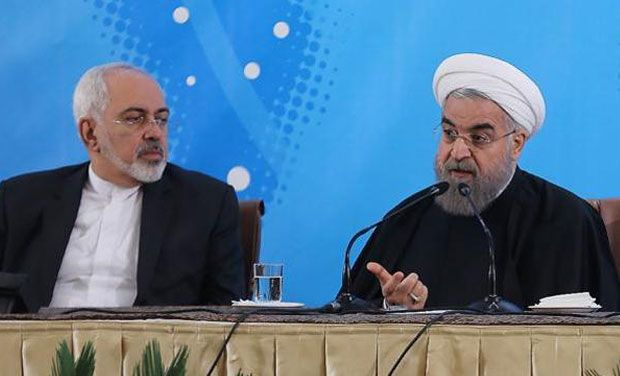 Iranian President Hassan Rouhani (R) with his foreign minister Mohammad Javad Zarif. (Photo: AFP)