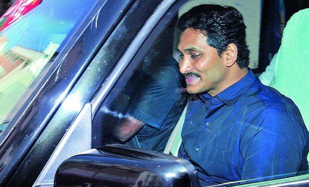 YSRC chief Y.S. Jagan Mohan Reddy an accused in an alleged quid pro quo case at court in Nampally. (Photo: DC)