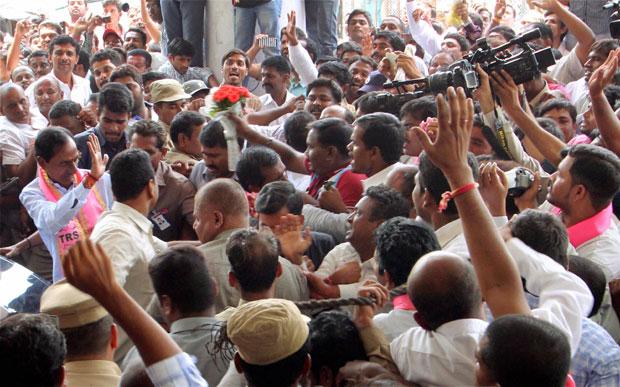 TRS chief K Chandrasekhar Rao arrives for the party's legislative party meeting at Telangana Bhavan. (Photo: PTI)