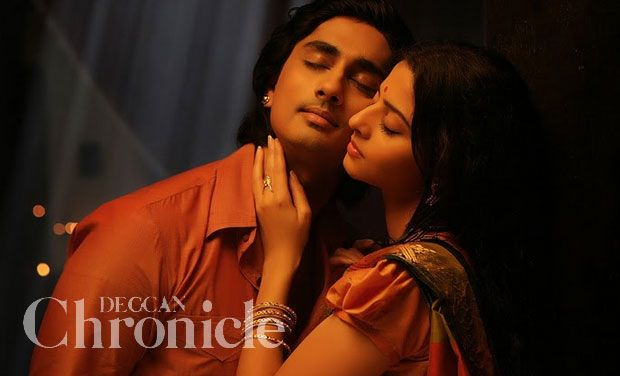 A still from the movie 'Kaaviya Thalaivan '.