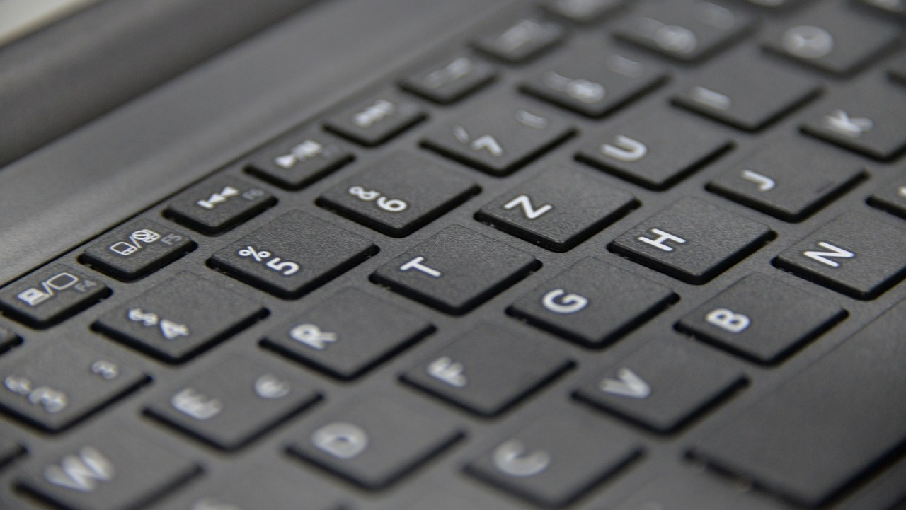 Google is considering something drastic with a new patent design on the keyboard front for the future of notebooks